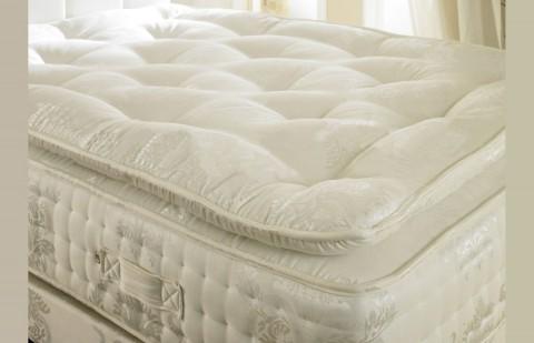 "2000 Pocket Spring 12"" Memory Foam + Organic Pillow Top Mattress"