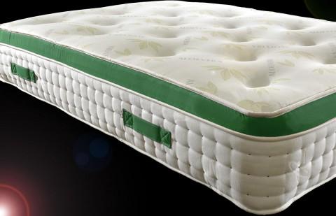 1500 Pocket Sprung Pillow Top 25cm Tufted Aloe Vera Mattress with Organic Fillings