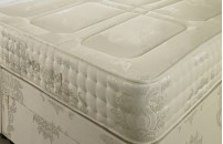 "*NEW* Orthopaedic Luxury Mattress 10"" Quilted"