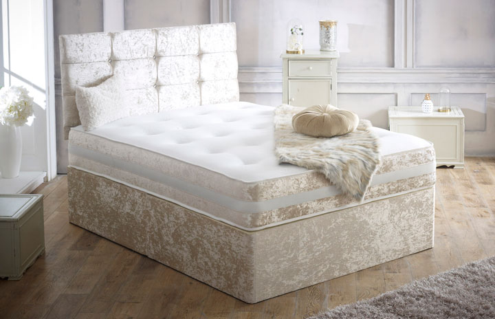 Div05J0 Divan Set In Crushed Velvet Cream