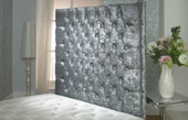California-Wallboard Crushed Velvet Buttoned Wallboard Silver